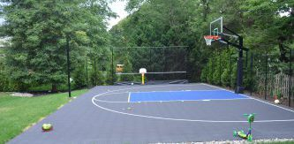 Half-backyard-basketball-court-Flacco