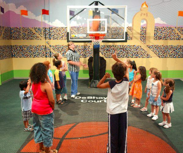 custom-indoor_basketball-court_DeShayes-Dream-Courts