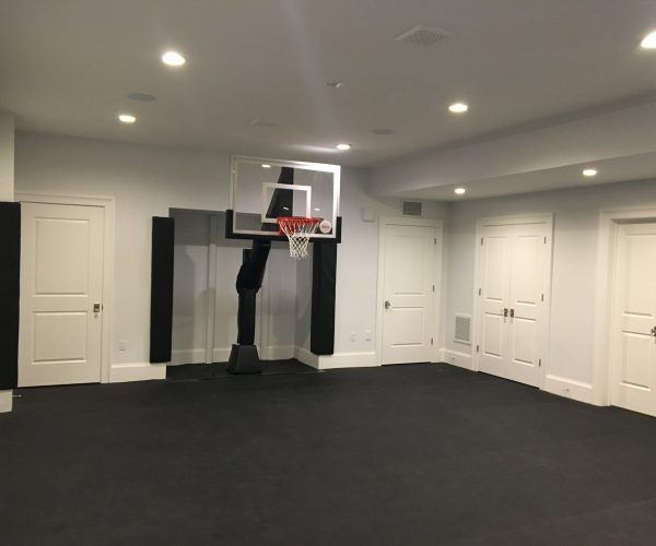 custom-indoor_basketball-court_Hamilton-NJ-DeShayes-Dream-Courts