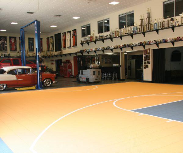 custom-indoor_basketball-court_Medford-Lakes-NJ-DeShayes-Dream-Courts