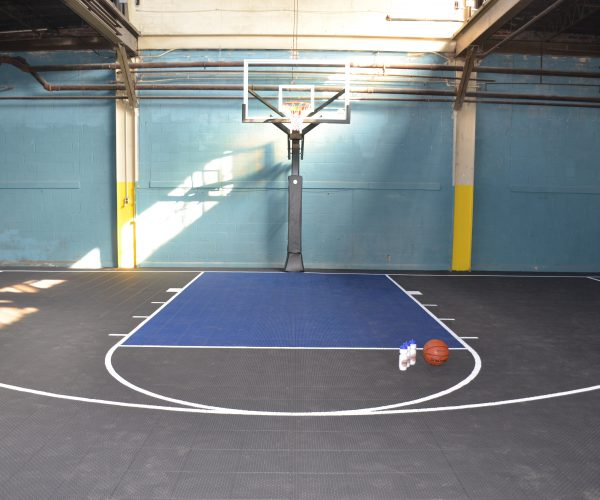 custom-indoor_basketball-court_Oaklyn2-NJ-DeShayes-Dream-Courts