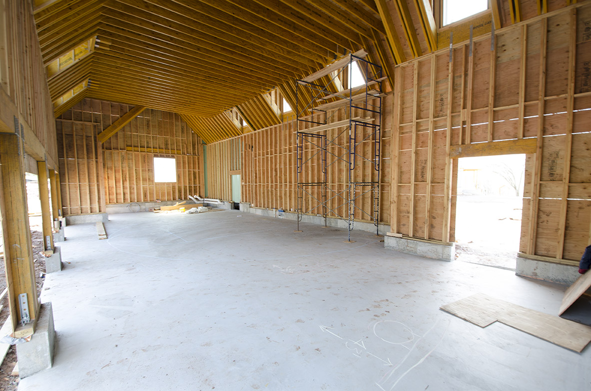 custom-indoor-basketball-court-in-garage_before