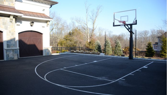 Ideal requirements for a driveway court
