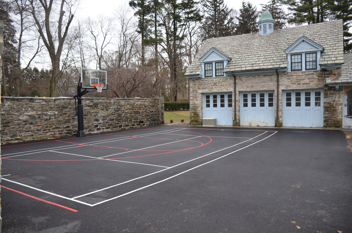 DeShayes-Dream-Courts-Gallagher_driveway_basketball-court_after