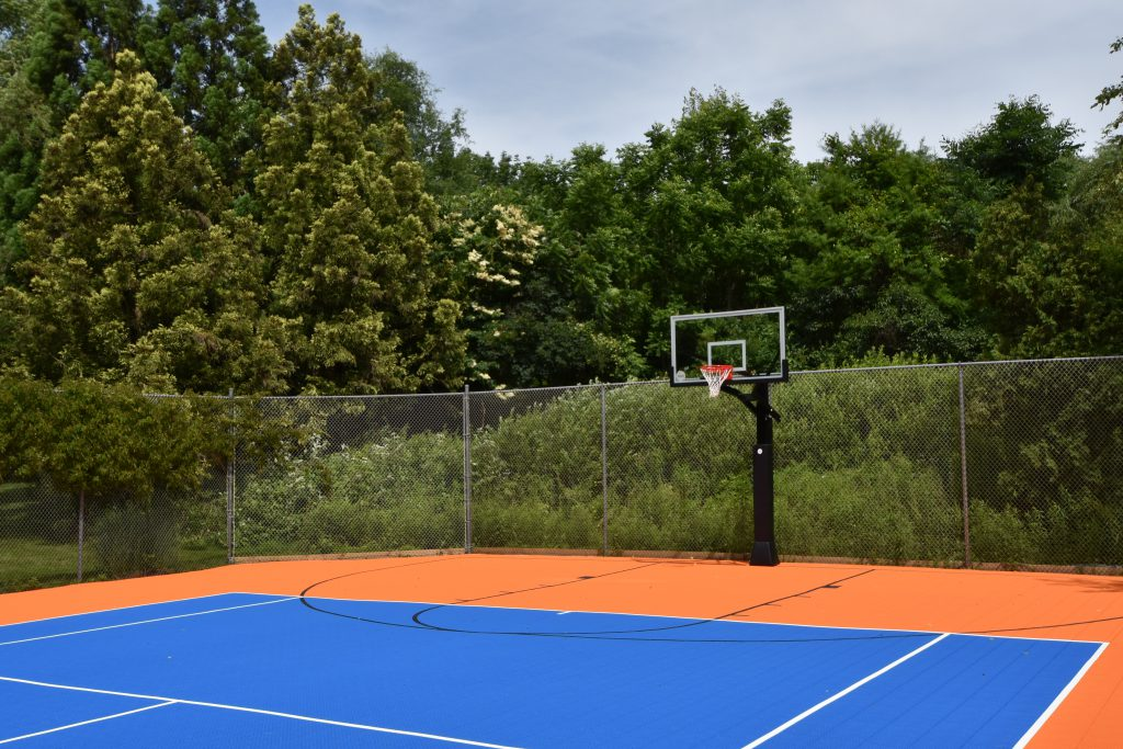 20-year-old-tennis-court-after-basketball-view_DeShayes-Dream-Courts