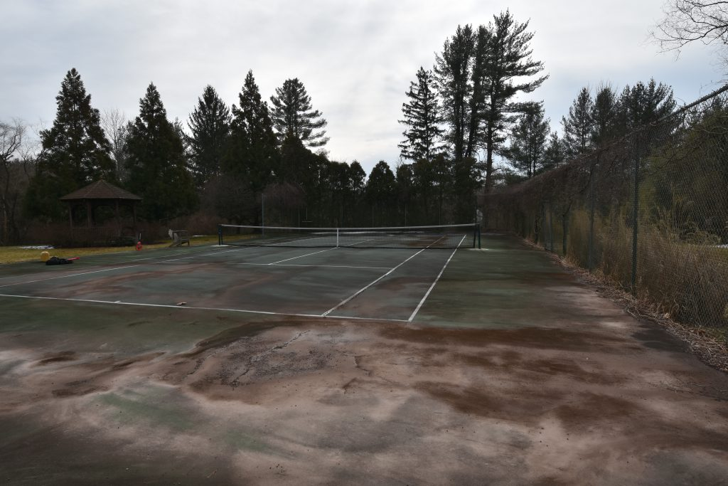20-year-old-tennis-court-before-Full_DeShayes-Dream-Courts