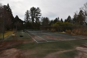 20-year-old-tennis-court-before-side_DeShayes-Dream-Courts
